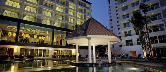 Centara Pattaya Hotel: Pool
