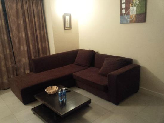 Nairobi Airport Hotel: Living Room