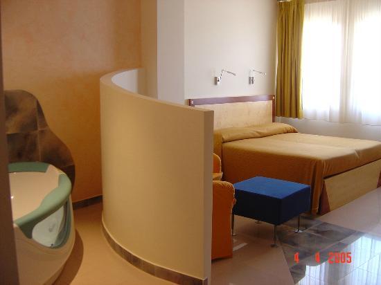 Hotel piccadilly 3 santa maria al bagno - Hotel piccadilly santa maria al bagno ...