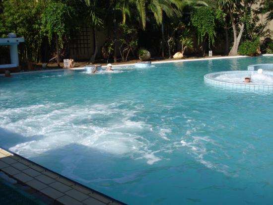 Kentrikon Hotel and Spa: Thermal pool