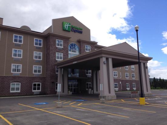 Holiday Inn Express Deer Lake: photo0.jpg