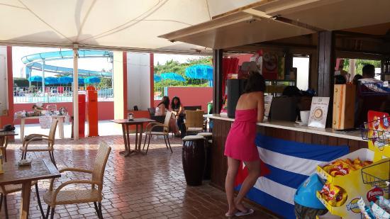 Boboba Il Villaggio: Bar Area