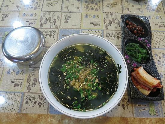 sea urchin seaweed soup - Picture of Udo, Jeju - TripAdvisor