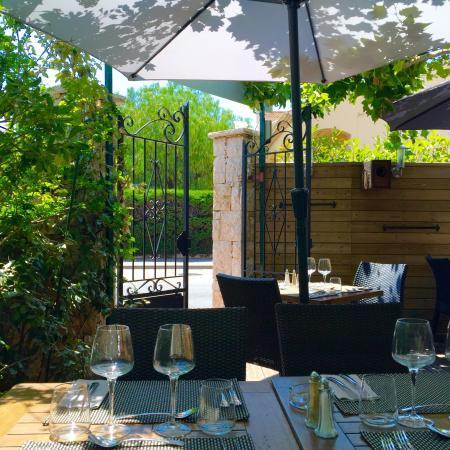 Picture of restaurant cote jardin agay - Restaurant cote jardin lac 2 ...
