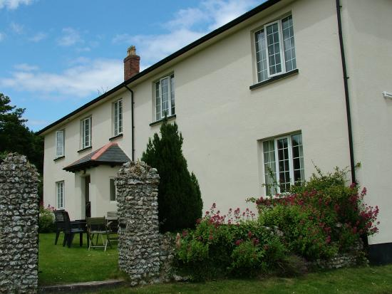 Pinn Barton Farm