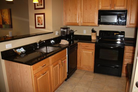 BlueGreen Odyssey Dells: Kitchen