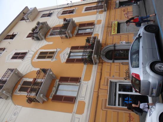 La Branda affittacamere: Frente del hotel