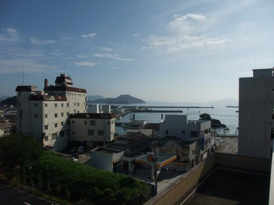 Campana Hotel: 部屋から福江の港が見えます