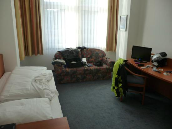 Hotel Schumann: Very large rooms