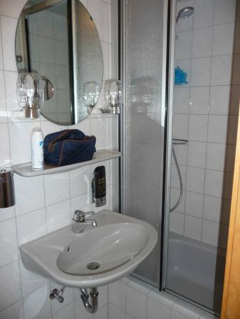 Hotel Schumann: Very compact