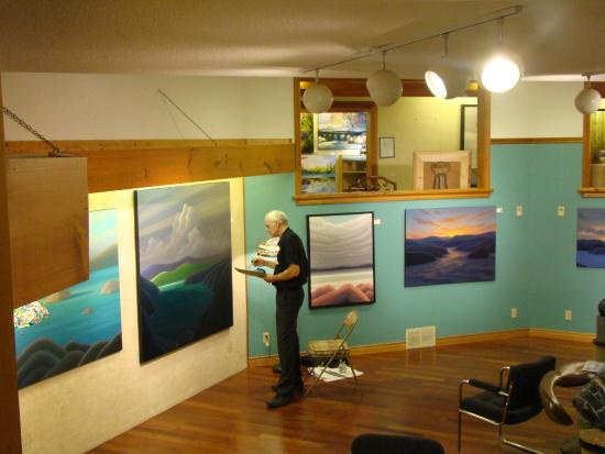 The Gallery on the Lake: Renowned gallery artist Norman R Brown