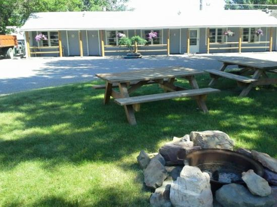 Northgate Motel: Picnic area