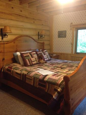"""Ely, MN: """"Others room"""""""