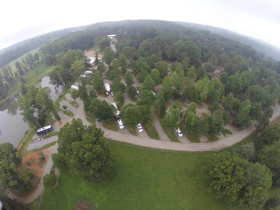 Cozy Acres Campground: Very nice campground & run by super people.