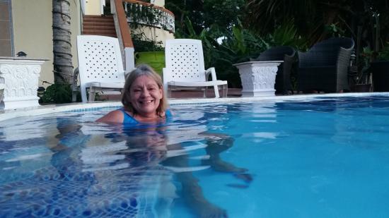 Villa Delfin Roatan: pool