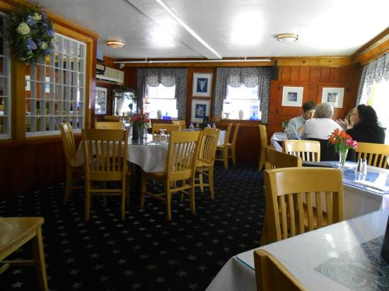 Front Dining Room Picture Of Dolphin Restaurant Barnstable TripAdvisor