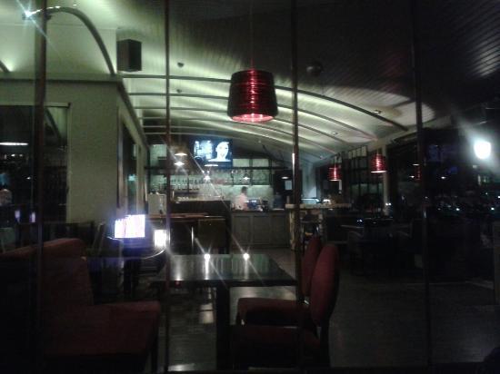 Caddeüstü Cafe & Bar