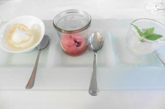 Stellambiente: Refreshing sherbet trilogy - served with three liqueurs