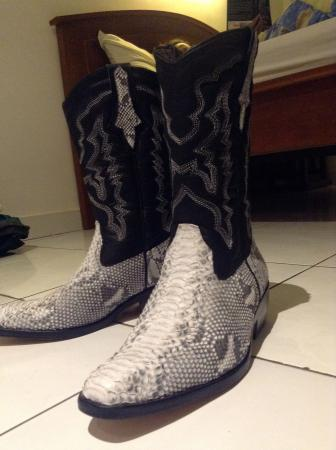 pratama leather n exclusive tailor in ubud