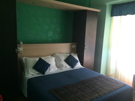 Hotel Gran Sasso: letto