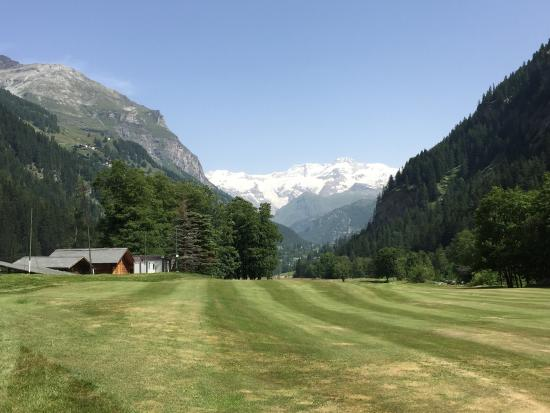 Golf Club Gressoney Monterosa: beautiful green!