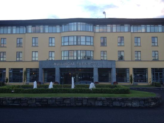 Mullingar Park Hotel: View from car park