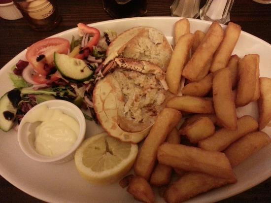 Pack Horse Inn: Dressed Crab, Chips & Salad...Superb