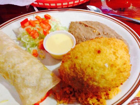 Rockdale, Техас: Stuffed avocados