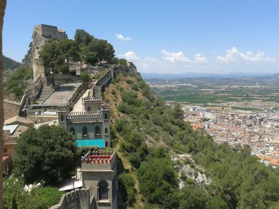 Castillo de xativa photo de castell de xativa xativa for Hotels xativa espagne