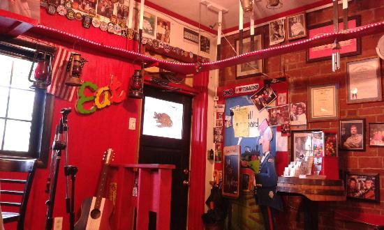 The Bar B Que Caboose Cafe