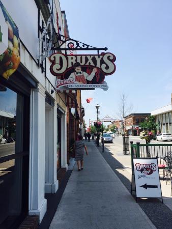 Druxy's Deli