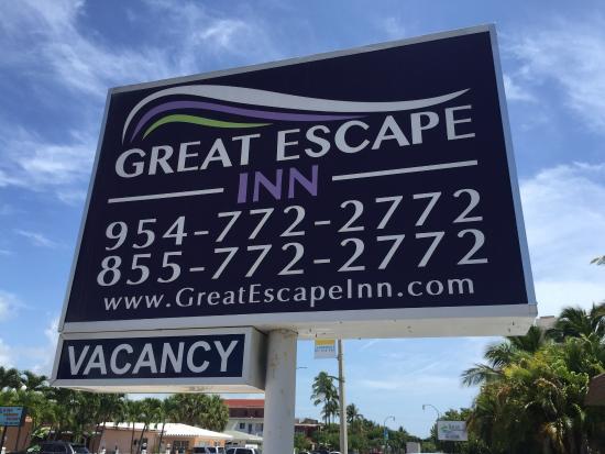 Great Escape Inn : En la zona de la pileta