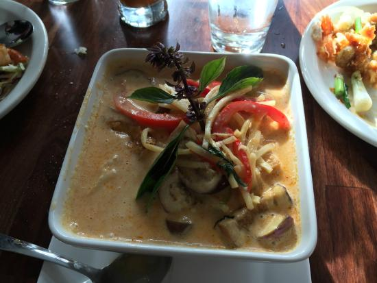 Orchid Thai Restaurant Bar Red Curry With En