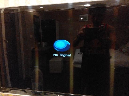 Hotel California: Malfunctioning TV