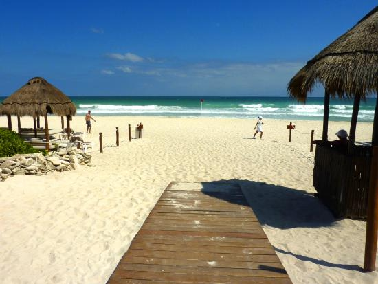 Playa del Secreto, Mexico: vers la plage
