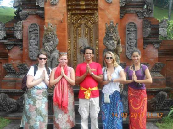 Putu Yasa Bali Driver - Day Tours
