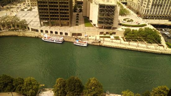 Hyatt Regency Chicago: View from 19th Floor West Tower