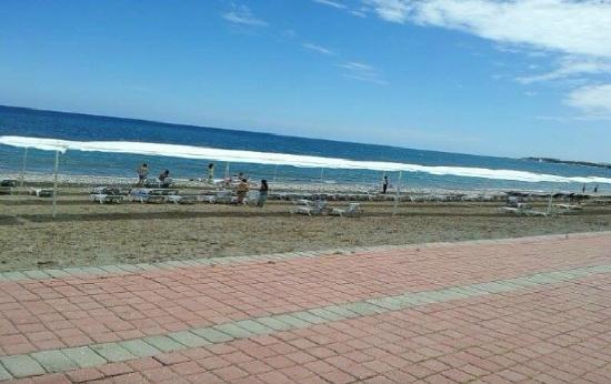 Endam Hotel: Пляж
