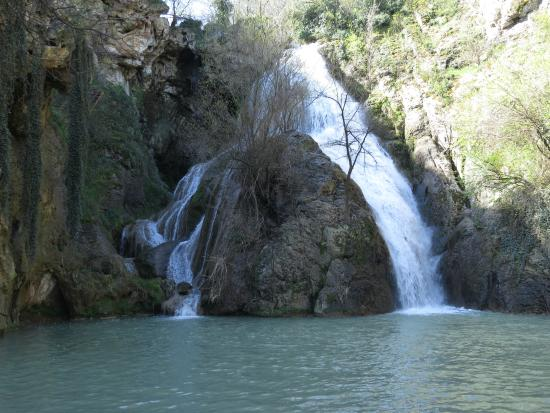 Provinz Tarnovo, Bulgarien: Waterfalls near Hotnitsa Village