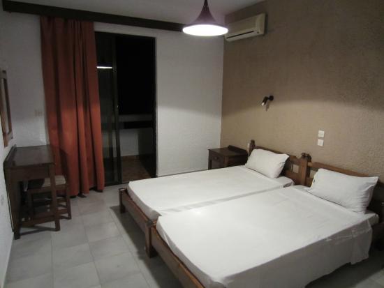 Karavos: Our room