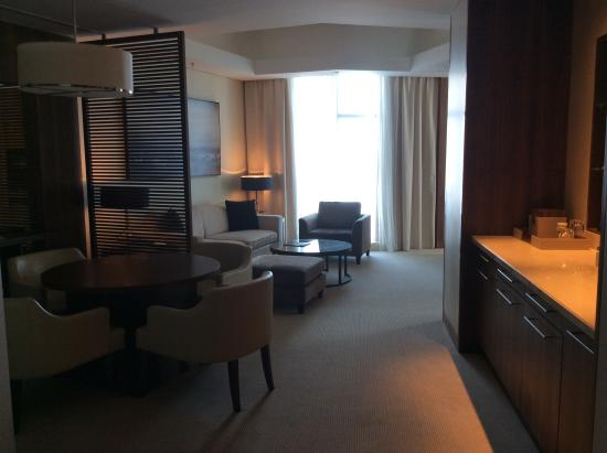 JW Marriott Marquis Hotel Dubai: Modern, Comfortable Rooms, With Hi Tech Music  System