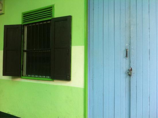 J& D Guesthouse