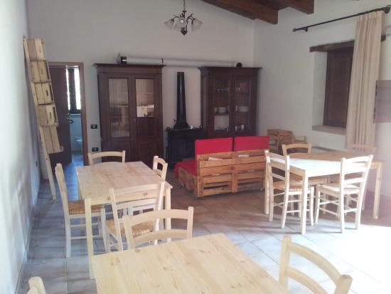 Национальный парк Чиленто и Валло-ди-Диано, Италия: interno del rifugio montano nel parco del cilento