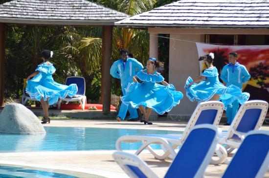 Melia Buenavista: Bailarines profesionales