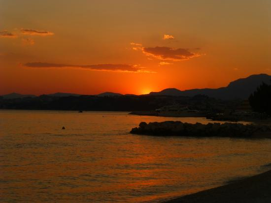 Villa Hotel BB (Apartments Bozikovic): Sunset