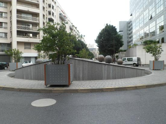 place de l 39 europe picture of ibis budget paris porte de. Black Bedroom Furniture Sets. Home Design Ideas