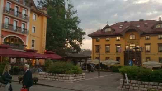 Hotel Europa Residence: Europa Residence Hotel main square