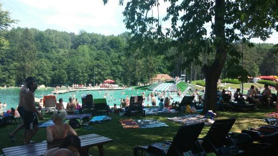 Snina, Slowakije: Natural Pool Sninske Rybniky