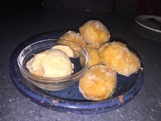 Duende: Doughnut with homemade ice cream