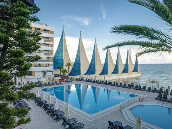 Adin Beach Hotel Ortak Havuz
